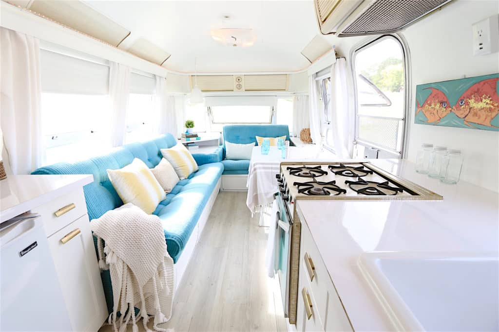 Dreamy Airstream Dining After