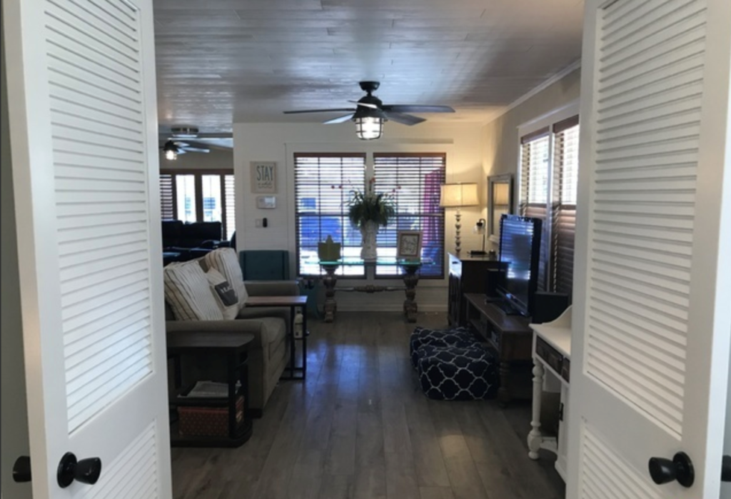 Entrance into living room
