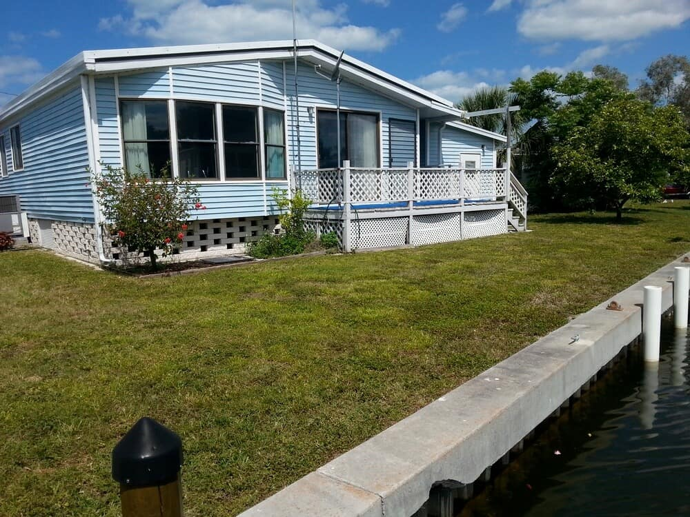 Exterior manufactured home