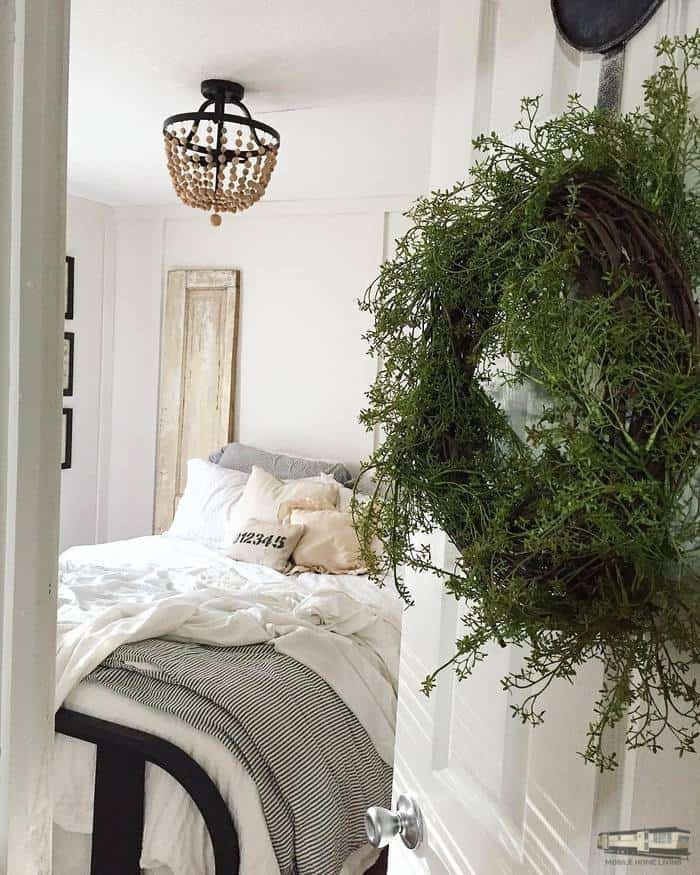 Farmhouse decor in a bedroom