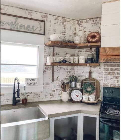 Farmhouse decor whitewashed backsplash