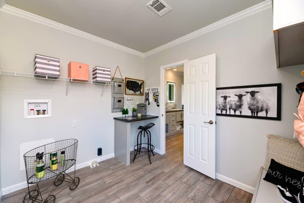 Farmhouse flex utility room