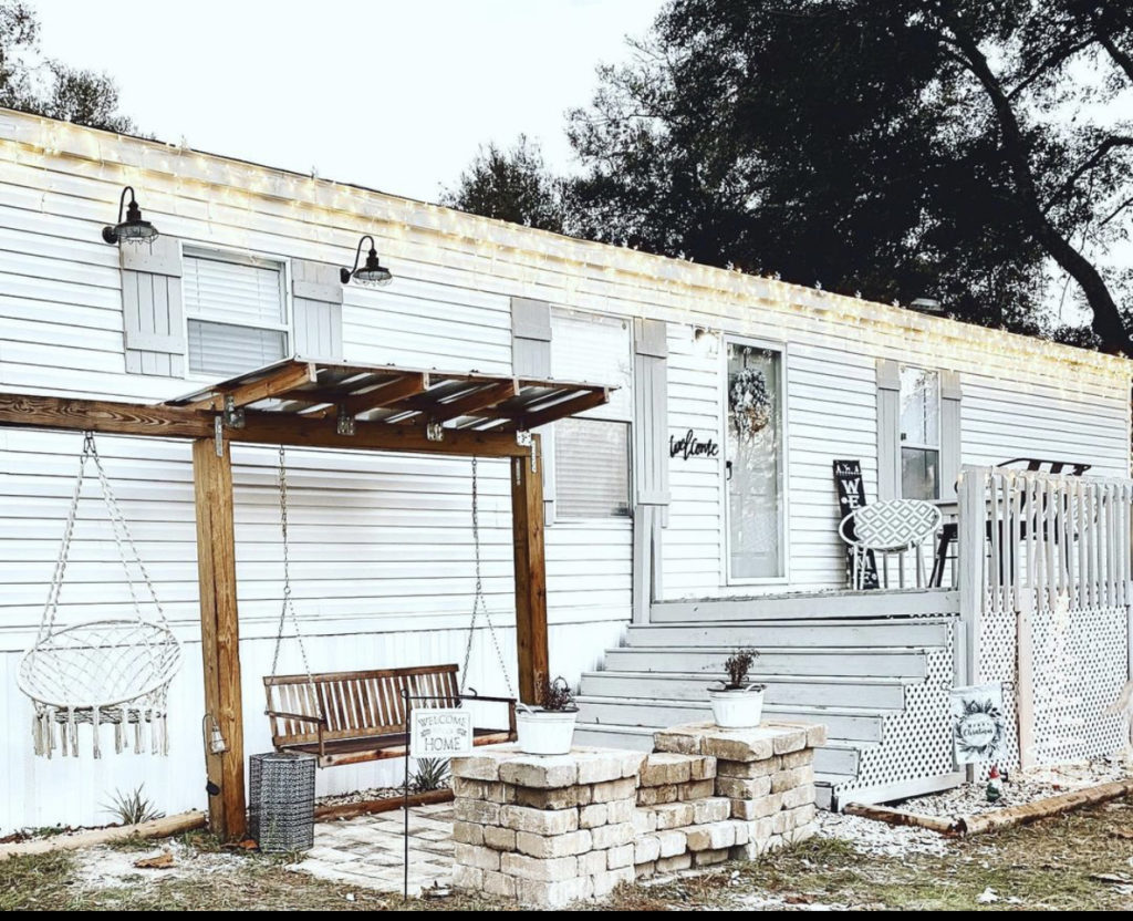 Farmhouse single wide exterior