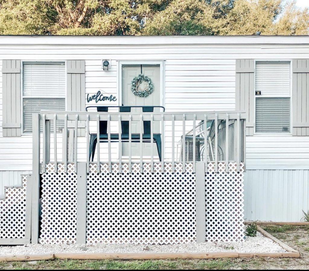 Farmhouse single wide porch