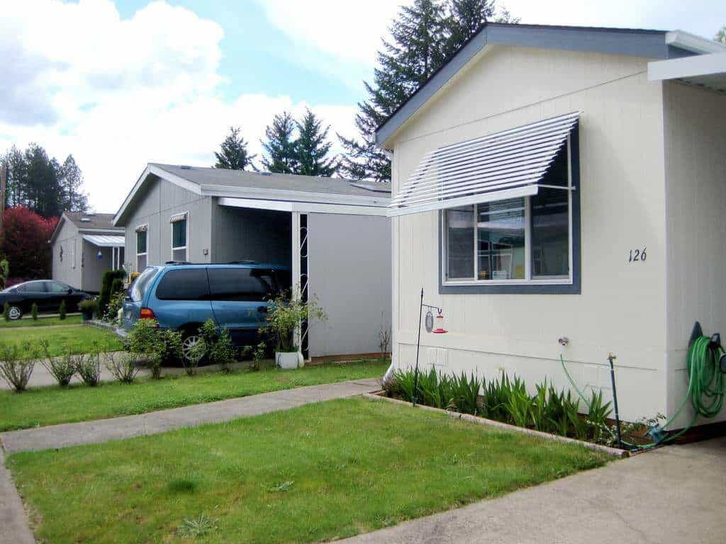 file an insurance claim for your manufactured homes