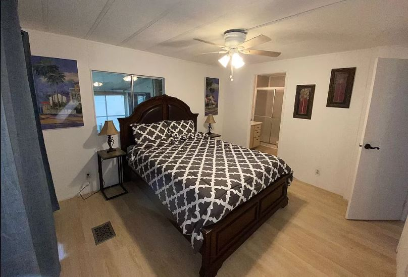 Florida bedroom 2 1