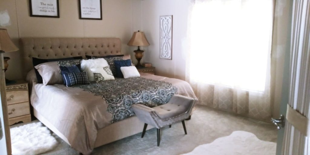 Franklin double wide bedroom