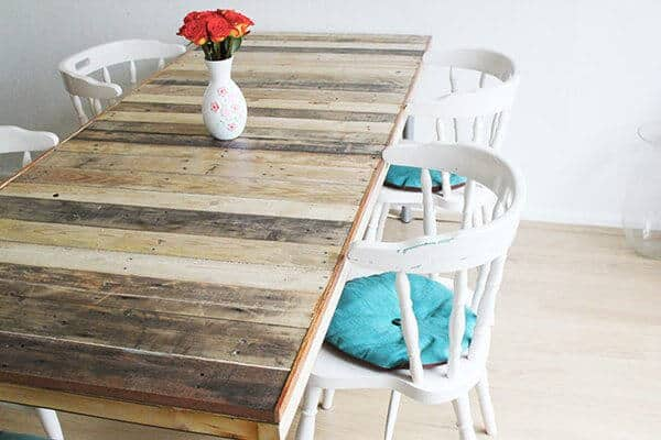 6 Great Ways To Furnish Your Mobile Home With Pallets