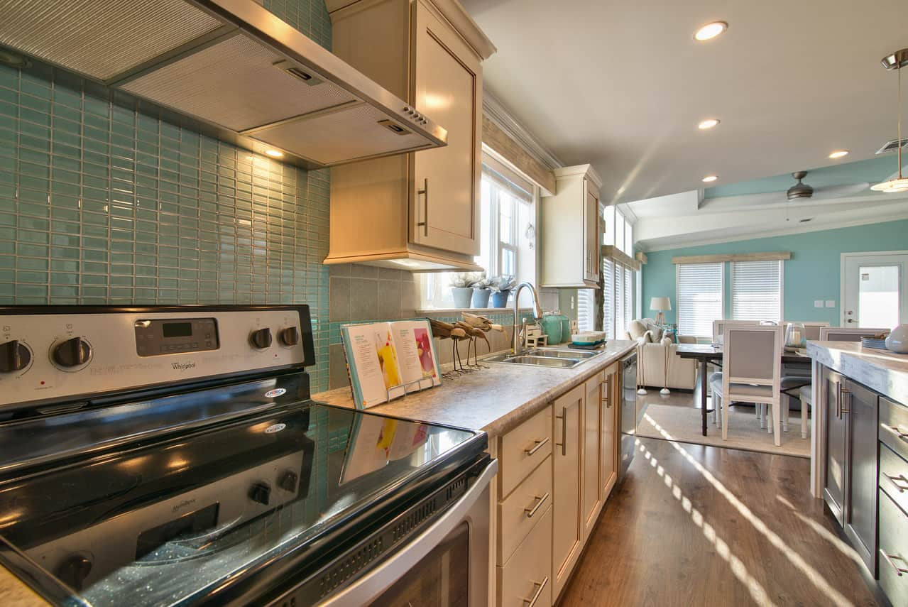 Glass tile on the walls of the kitchen