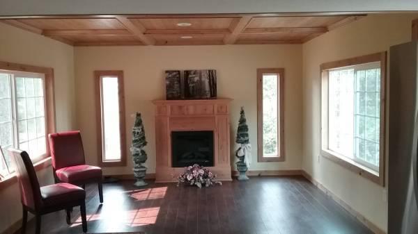Glenmoor living room