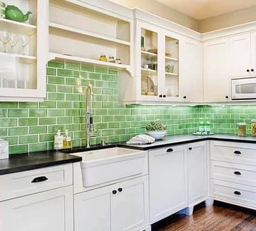 33 Beautiful Backsplashes in Mobile Homes