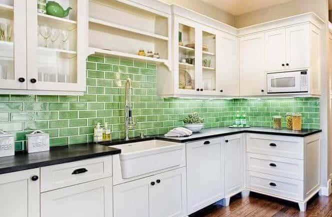 33 Beautiful Backsplashes in Mobile Homes