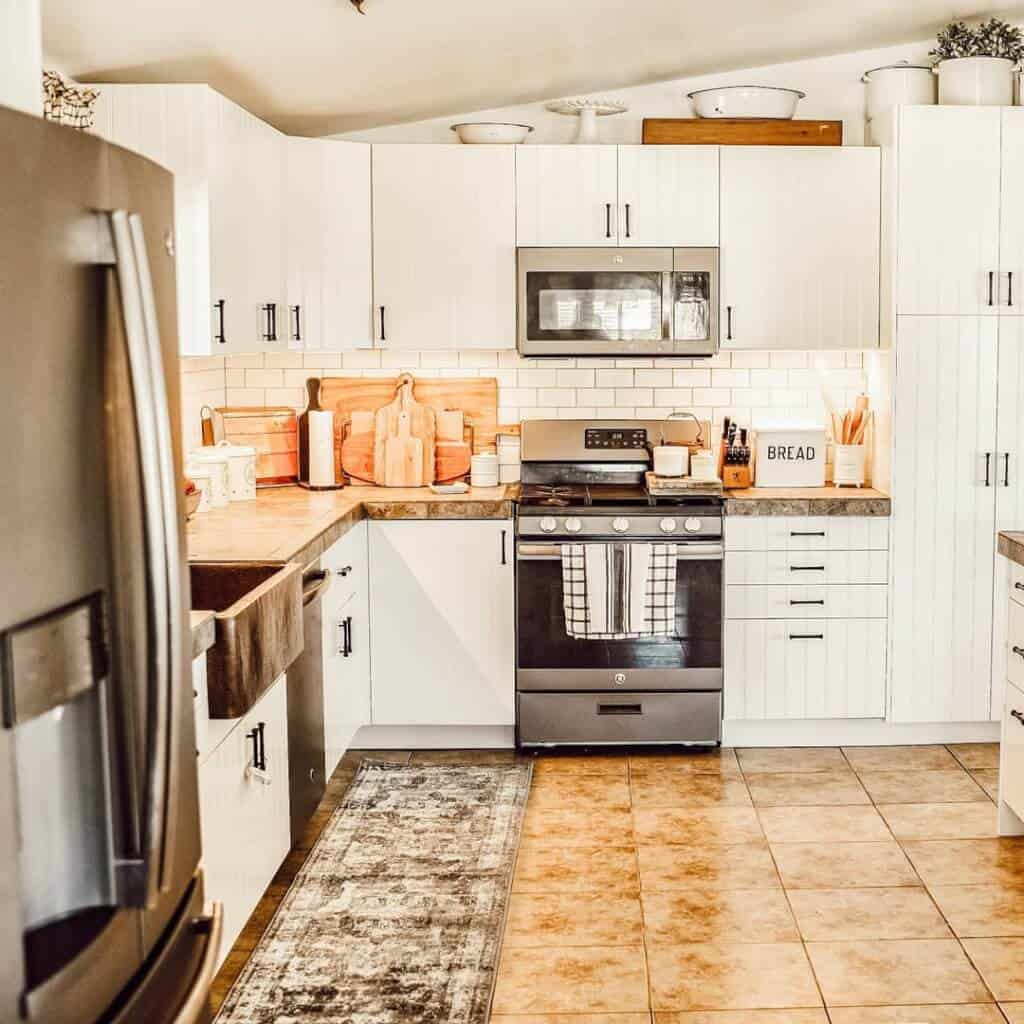 Hudsonfarmhouse Double Wide Mobile Home Kitchen With Backrest N