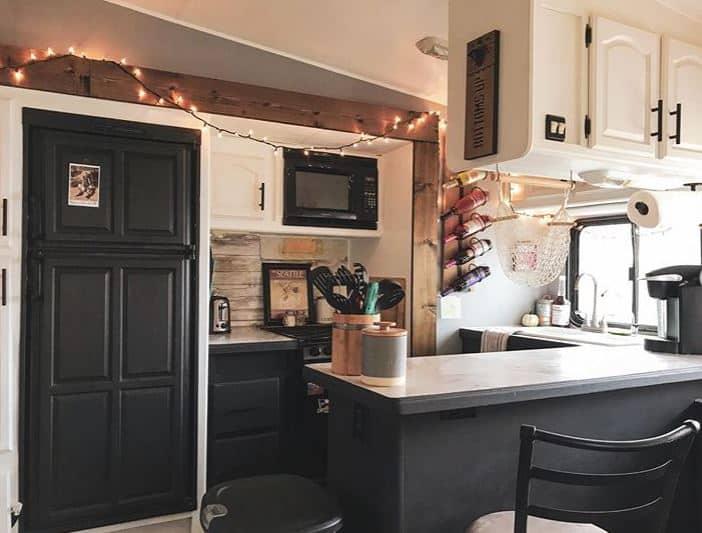 Husky Tails Kitchen