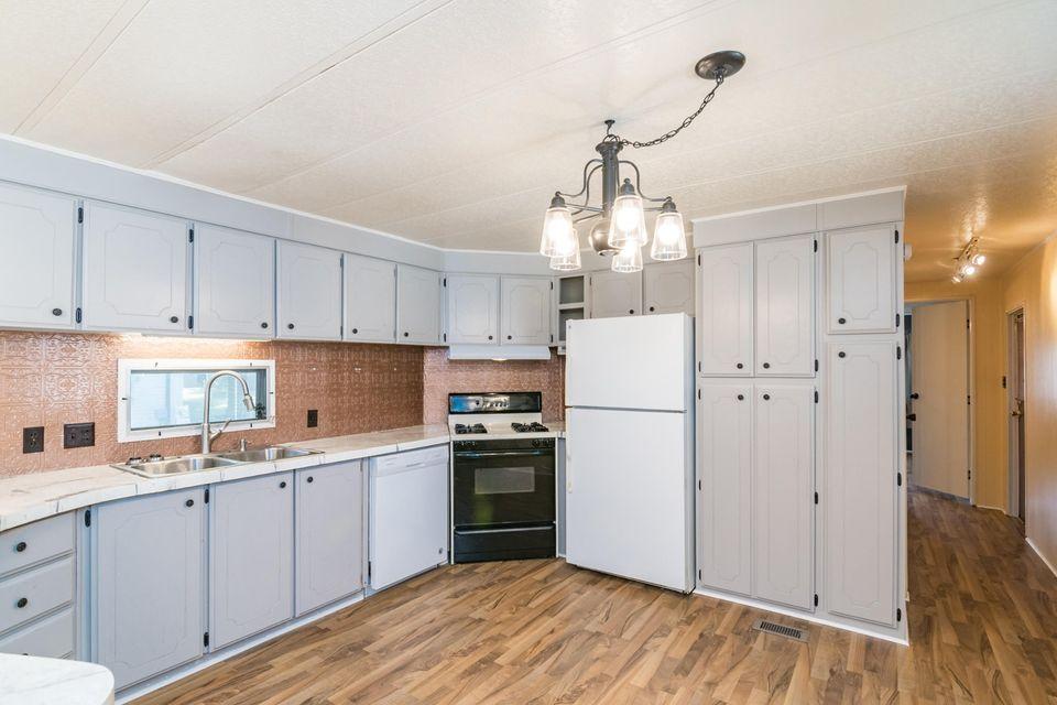 Illinois kitchen 2