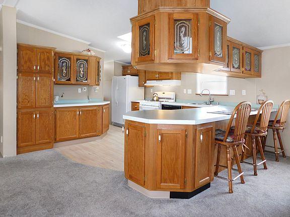 Illinois kitchen 3
