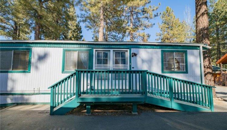 impressive-mobile-homes-big-bear-front-porch