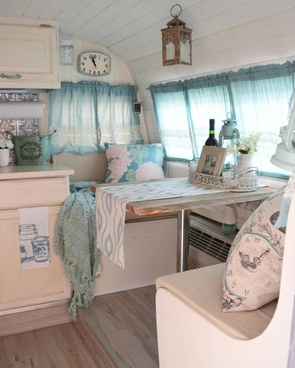 Jane the camper dining area