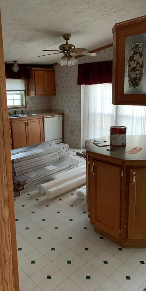 Kellie Kitchen Before