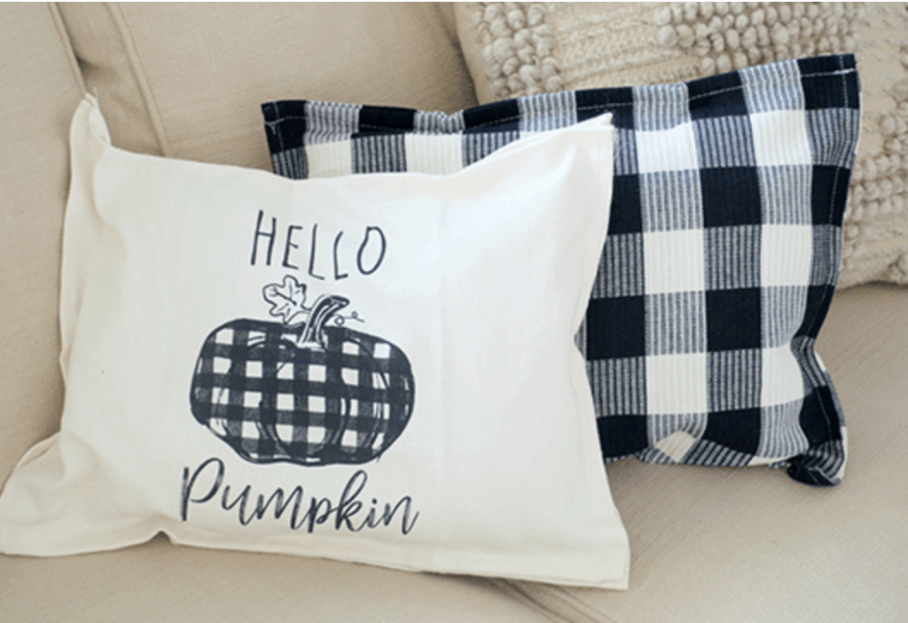 Kitchen Towel Pillow For Fall Affordable Halloween Decorations 00001