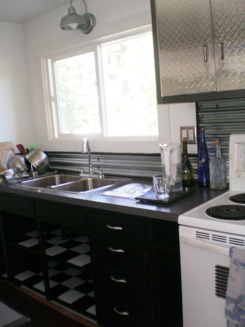 kitchen-with-sheet-metal-cabinets