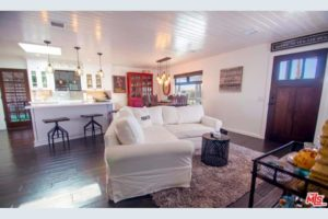 Living Room Modern Traditional Double Wide Mobile Home In Malibu