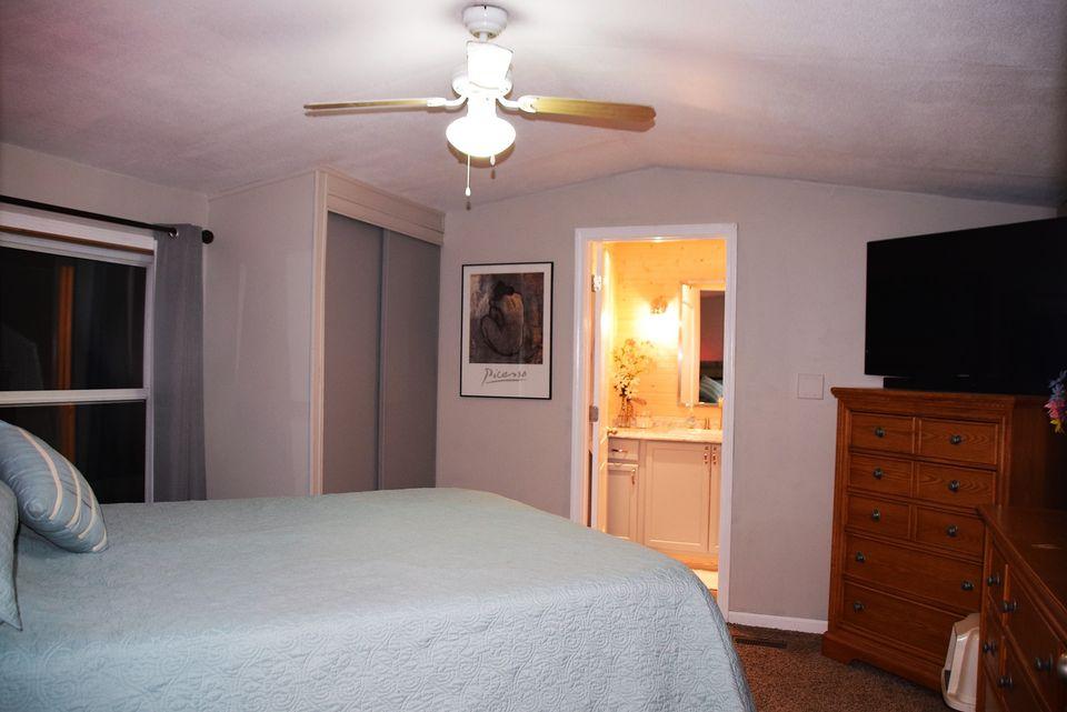 Michigan bedroom and bath
