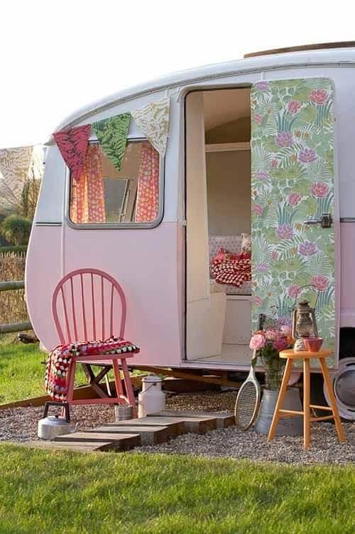 Mobile Home Camper Fad Pink Camper