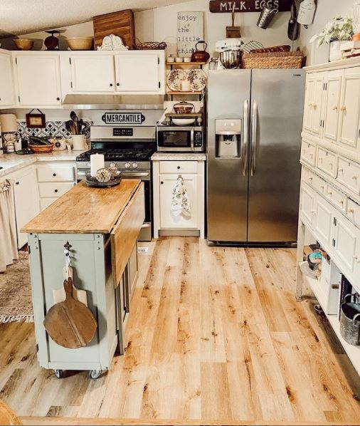 Mobile home cottage kitchen