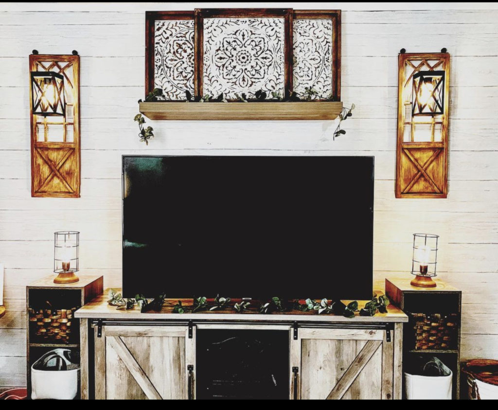 Mobile home farmhouse living room