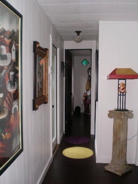 mobile-home-hallway