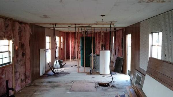 total diy mobile home remodel interior before