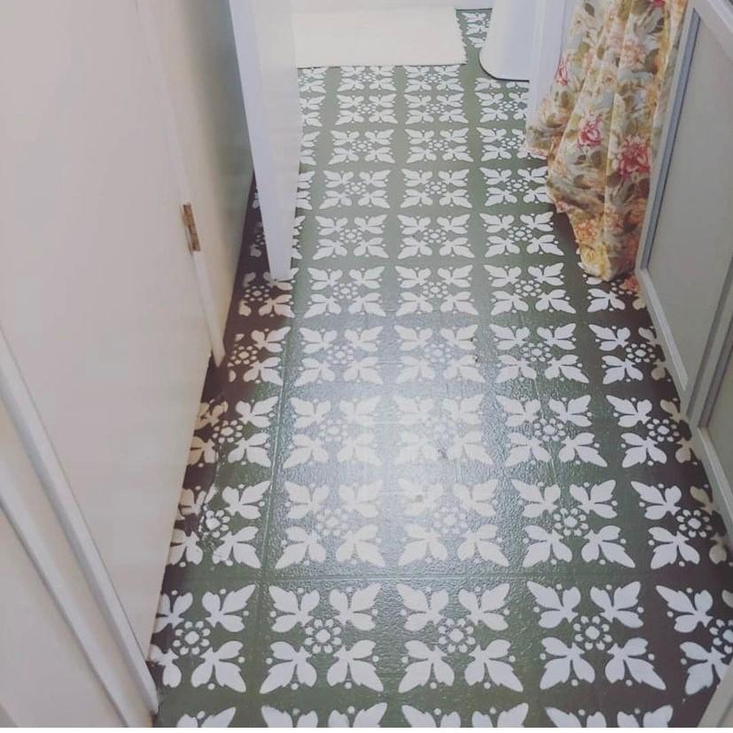Mobilehome cottage bathroom after