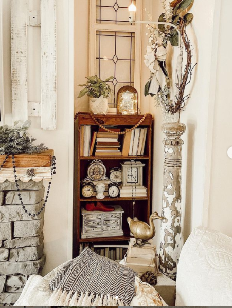 Mobilehome cottage shelves