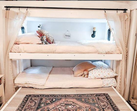 Modern 5th wheel kids bed