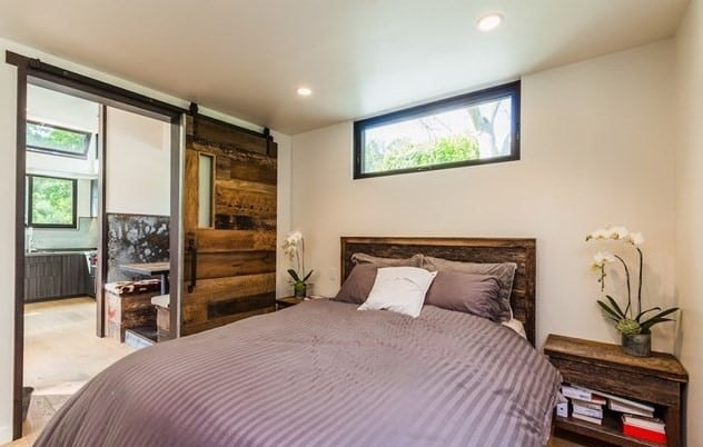 Modern bedroom with transom windows