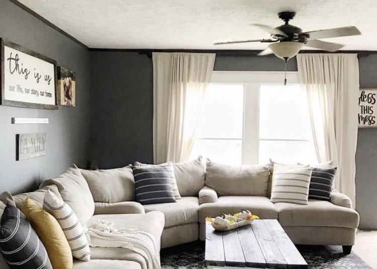 Modern farmhouse decor in a manufactured home cozy living room 750x536 1