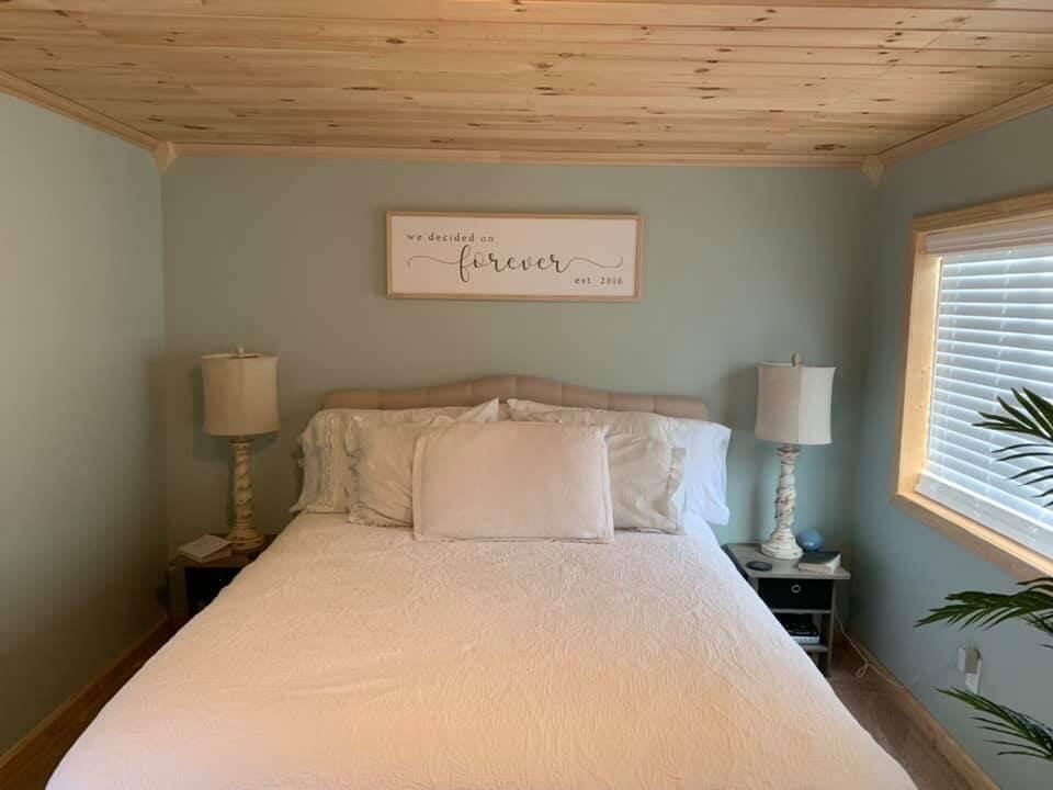 New york bedroom 2