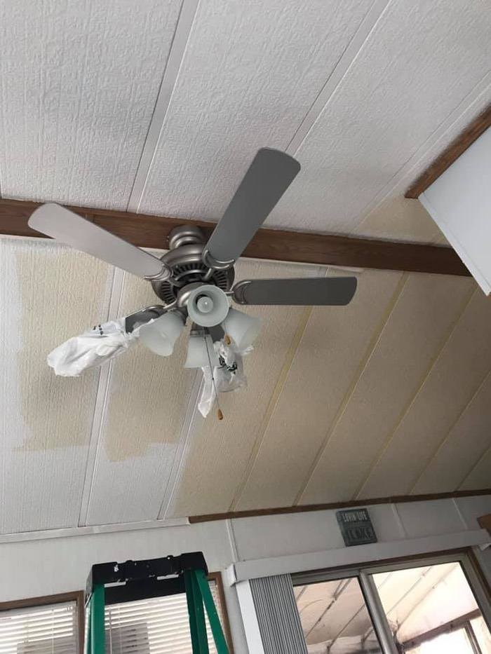 Painting A Mobile Home Ceiling Before And After Dodi Dolendi