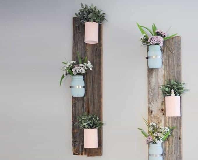 flower pot wall shelf made with pallets