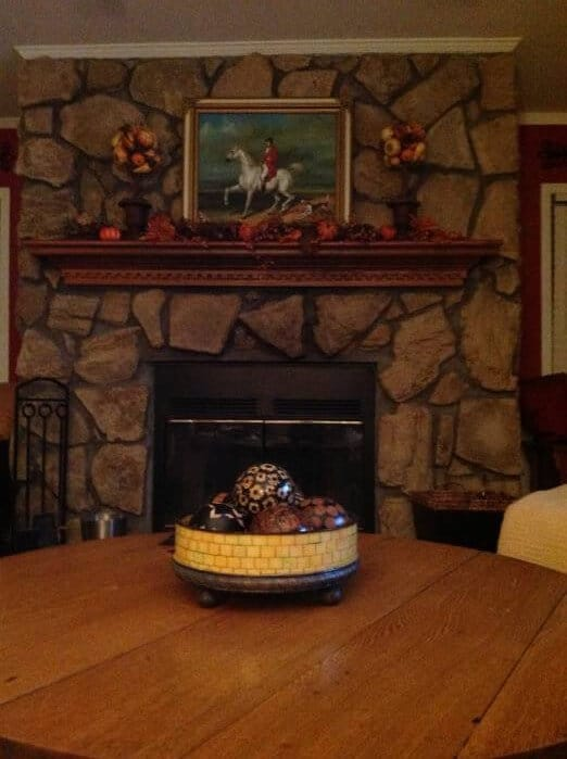 beautiful double wide with country primitive decor - stone fireplace