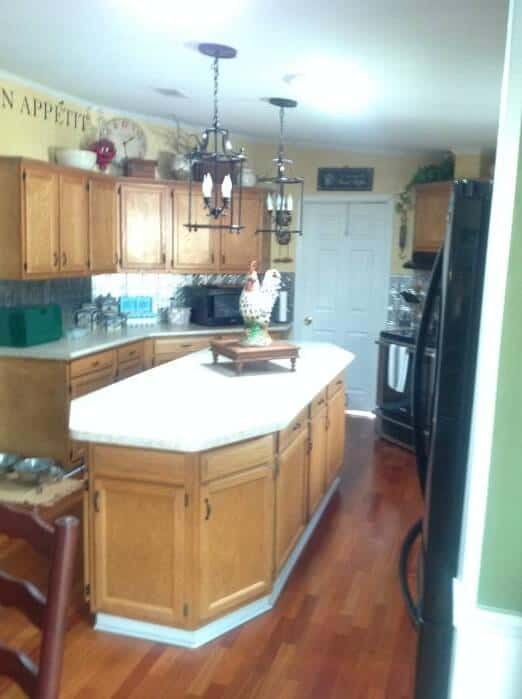 beautiful double wide with country primitive decor - kitchen photos 2