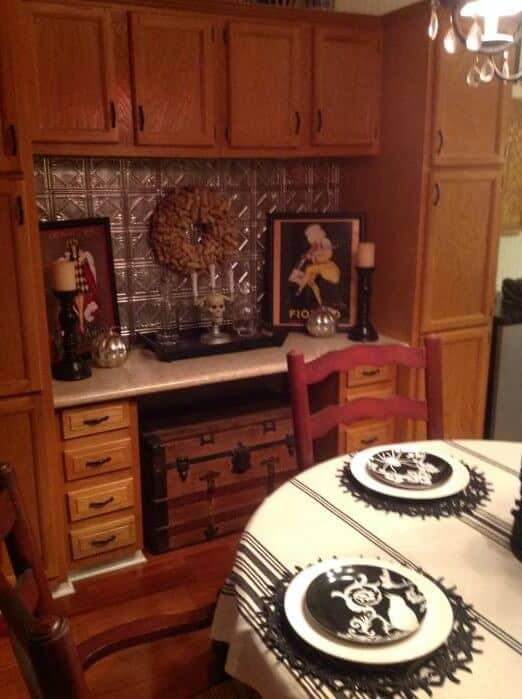 beautiful double wide with country primitive decor - tin backsplash