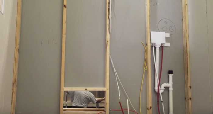 plumbing-and-electrical-cables-in-manufactured-home-wall