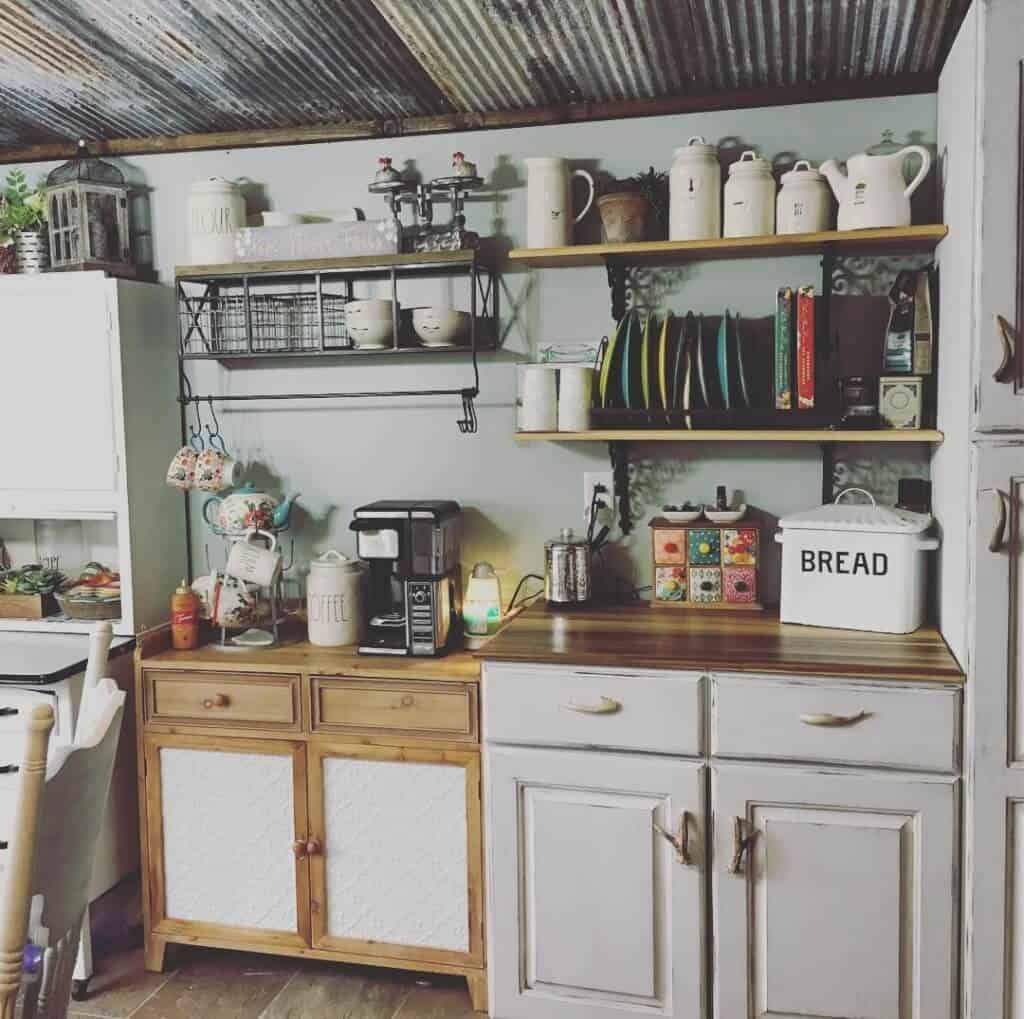 Primitive Country Kitchen Cabinets And Shelves (2)