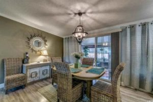renovated-double-wide-dining-room-500x333