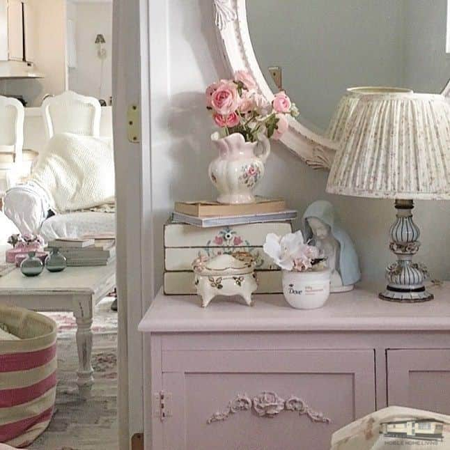 Romantic Shabby Chic Mobile Home 0076