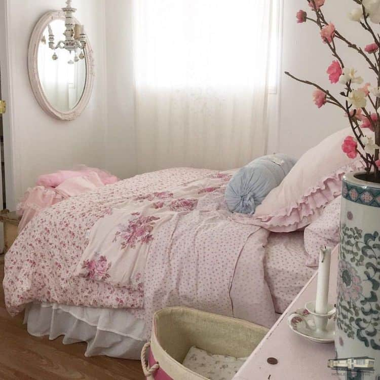 Romantic shabby chic mobile home0099