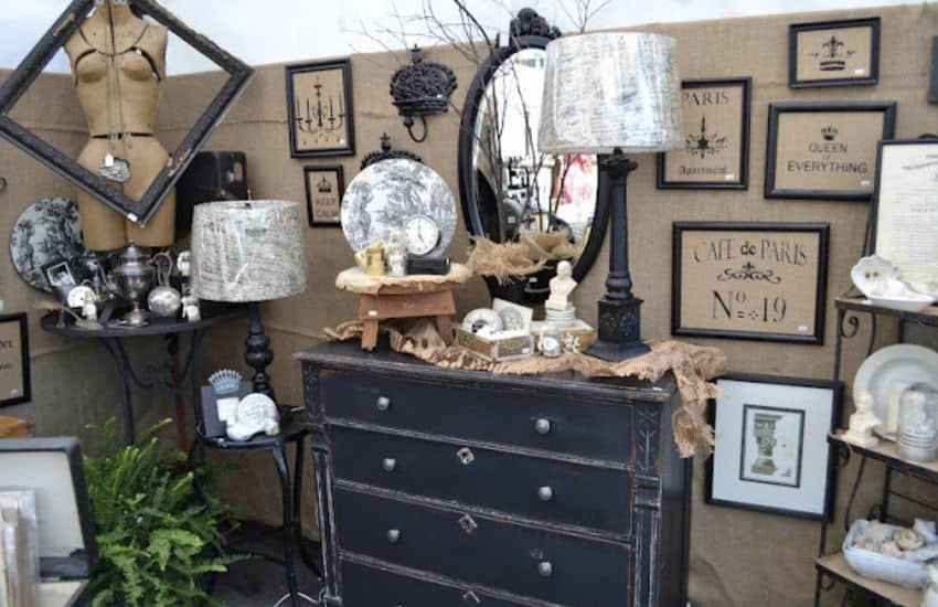 Salvage Shabby Chic Mobile Home0008