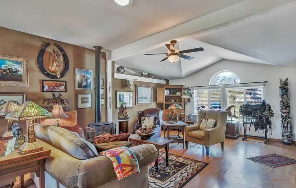 Santa Rosa Living Room E 1559778506740